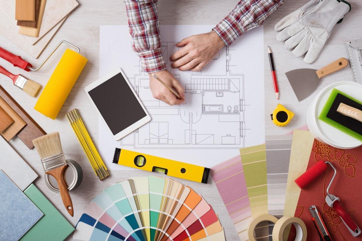 Помощь профессионального дизайнера – идеальный вариант